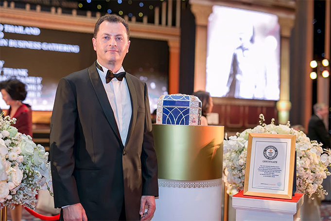 Mouawad Awarded Fifth Guinness World Record for The 'Flower of Eternity Jewellery Coffer'